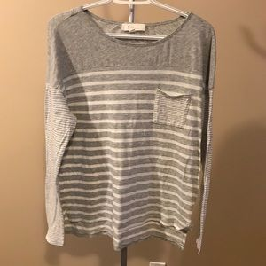 Two by Vince Camuto shirt